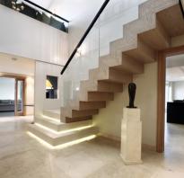 Чем обшить лестницу