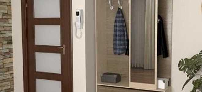 Встроенный шкаф в маленькую прихожую