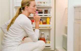 В холодильнике громко работает вентилятор