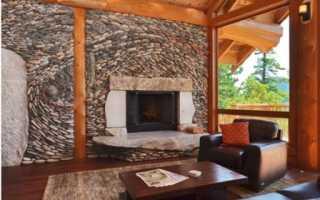 Интерьер гостиной с камнем